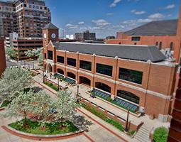 Campus - Plaza